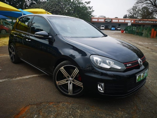 2011 Volkswagen Golf Vi Gti 2.0 Tsi Dsg  North West Province Rustenburg_0