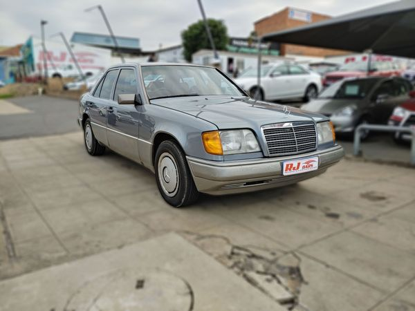 1991 Mercedes-Benz E-Class 200 E Ac  Kwazulu Natal Durban_0