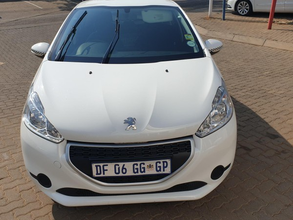 2014 Peugeot 208 1.2 Vti  Access 5dr  Gauteng Randburg_0