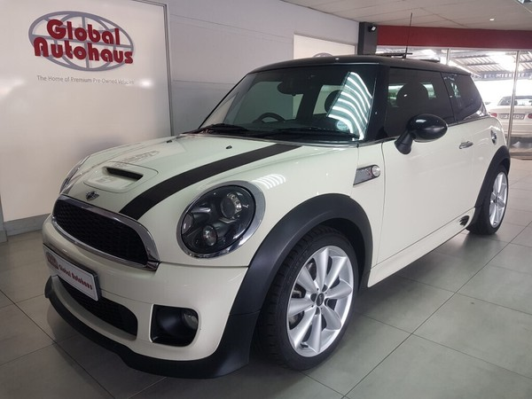 2011 MINI Cooper S S At  Gauteng Roodepoort_0