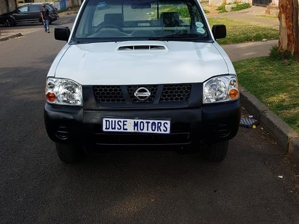 2014 Nissan NP300 Hardbody 2.4i LWB 4x4 k14k35 Bakkie Single cab Gauteng Germiston_0