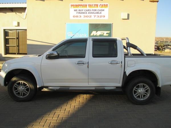 2013 Isuzu KB Series 300 D-TEQ LX Double cab Bakkie Gauteng Pretoria_0