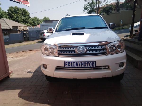 2011 Toyota Fortuner 3.0d-4d Heritage Rb  Gauteng Johannesburg_0