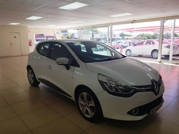 2015 Renault Clio IV 900 T expression 5-Door 66KW Northern Cape Kimberley_0
