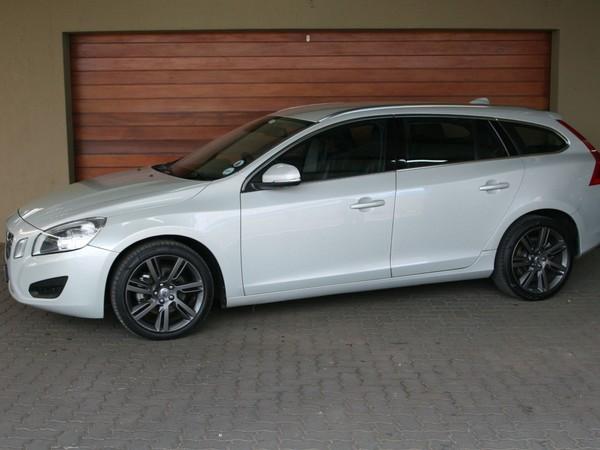 2011 Volvo V60 2.0t Powershift  Gauteng Pretoria_0