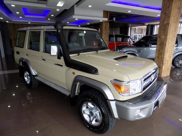 2017 Toyota Land Cruiser 76 4.5D V8 SW Western Cape Stellenbosch_0