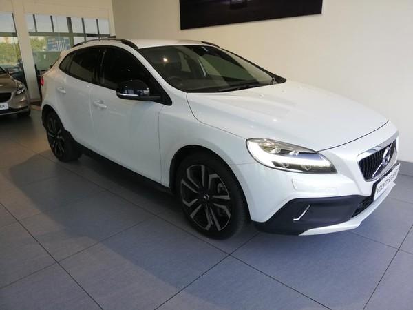 2019 Volvo V40 CC D3 Momentum Geartronic Gauteng Bedfordview_0
