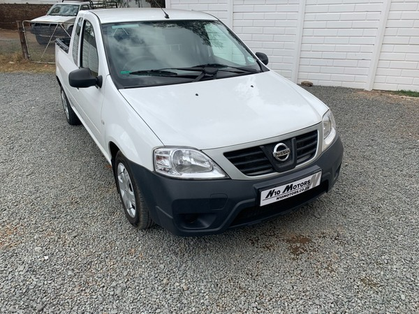 2015 Nissan NP200 1.5 Dci  Ac Safety Pack Pu Sc  Eastern Cape Cradock_0