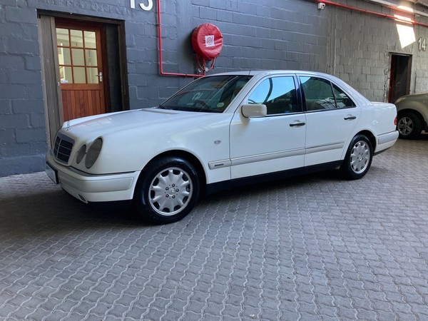 1996 Mercedes-Benz E-Class E 320 At  Western Cape Western Cape_0
