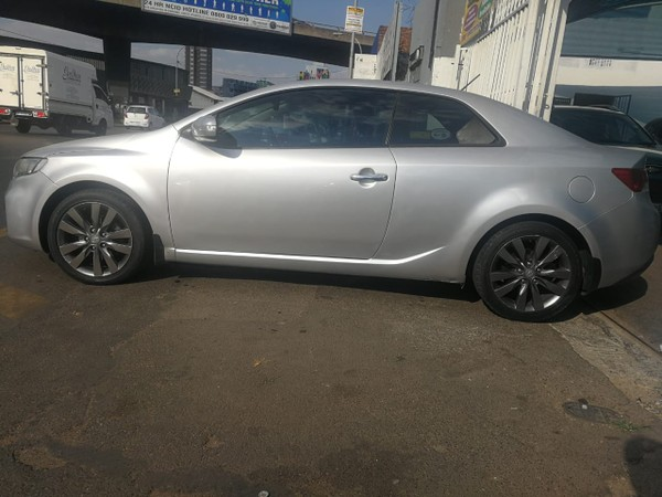 2011 Kia Cerato 2.0 Koup  Gauteng Jeppestown_0
