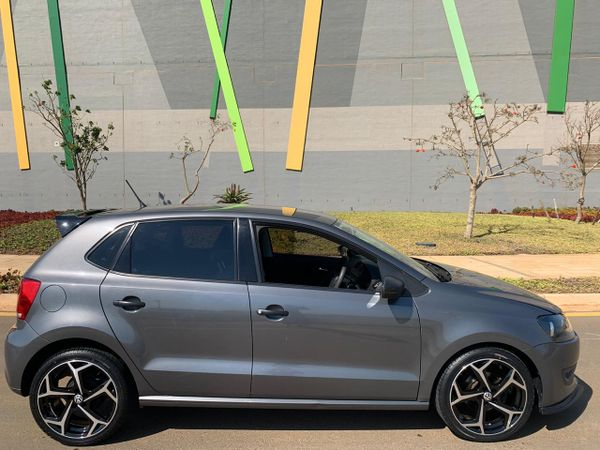 2012 Volkswagen Polo LOW LOW KMS FULL SPEC Kwazulu Natal Umhlanga Rocks_0
