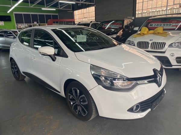 2016 Renault Clio IV 900 T expression 5-Door 66KW Free State Bloemfontein_0