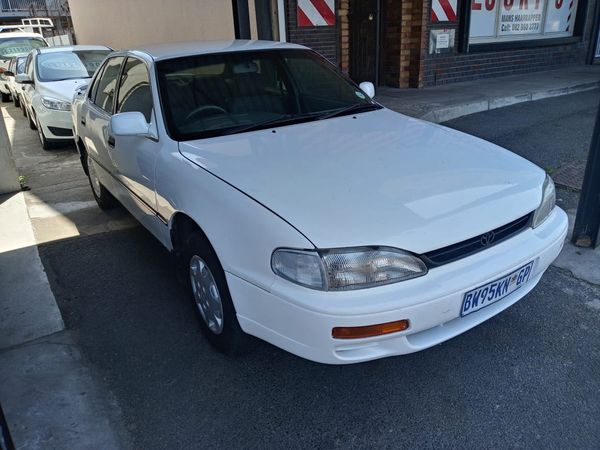 2000 Toyota Camry 200si  Western Cape Bellville_0