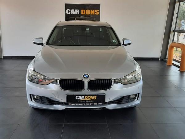2014 BMW 3 Series 320i  At f30  Gauteng Roodepoort_0