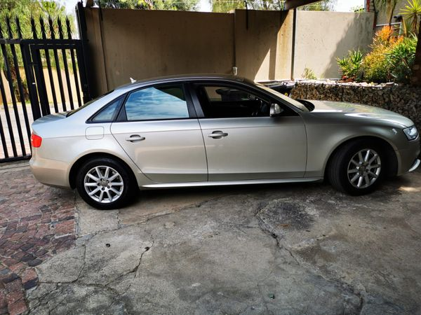 2012 Audi A4 1.8t Se  Gauteng Germiston_0