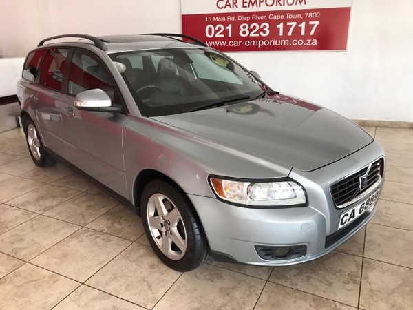 2010 Volvo V50 2.0 Powershift  Western Cape Diep River_0