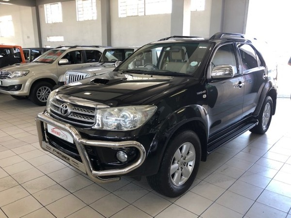 2011 Toyota Fortuner 3.0d-4d 4x4 At  Western Cape Wynberg_0