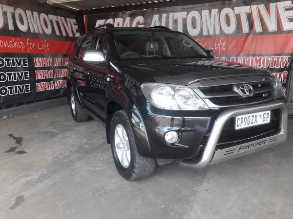 2007 Toyota Fortuner 4.0 V6 Raised Body  Gauteng Pretoria_0