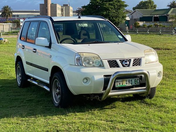 2006 Nissan X-Trail 2.0 4x2 r48  Eastern Cape Port Elizabeth_0