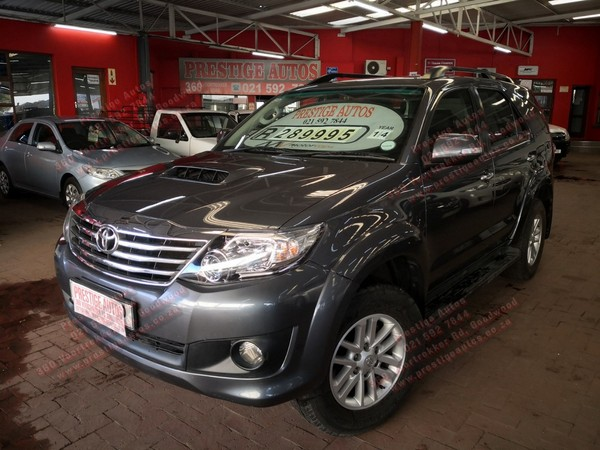 2014 Toyota Fortuner 2.5d-4d Rb At  Western Cape Goodwood_0