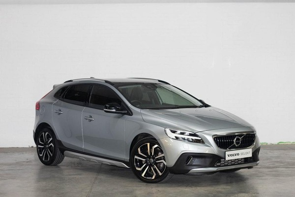 2017 Volvo V40 CC D3 Momentum Geartronic Eastern Cape Port Elizabeth_0