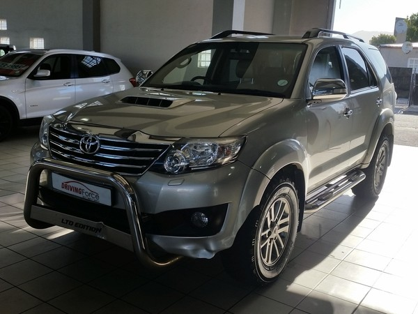 2013 Toyota Fortuner 3.0d-4d 4x4 At  Western Cape Wynberg_0