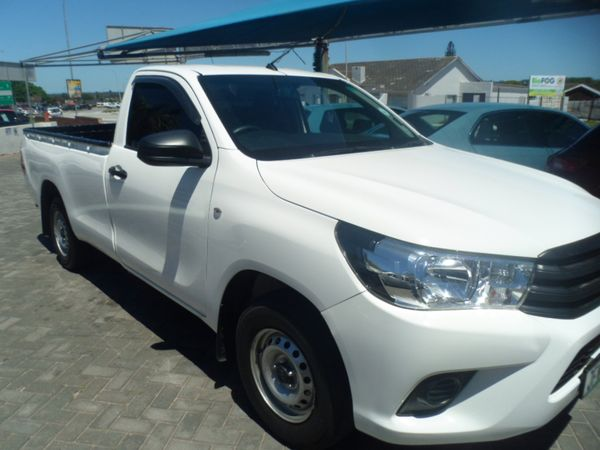 2017 Toyota Hilux 2.0 VVTi AC Single Cab Bakkie Eastern Cape Port Elizabeth_0