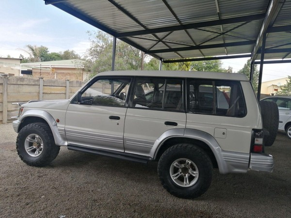 1993 Mitsubishi Pajero 3.0 Gls At  North West Province Klerksdorp_0