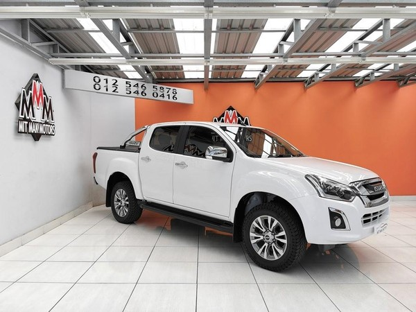 2017 Isuzu KB Series 300 D-TEQ LX AT Double Cab Bakkie Gauteng Pretoria_0
