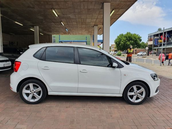 2019 Volkswagen Polo Vivo 1.6 Highline 5-Door Free State_0
