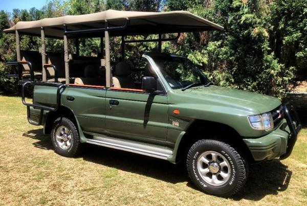 2000 Mitsubishi Pajero 3.5 Gls  Gauteng Midrand_0