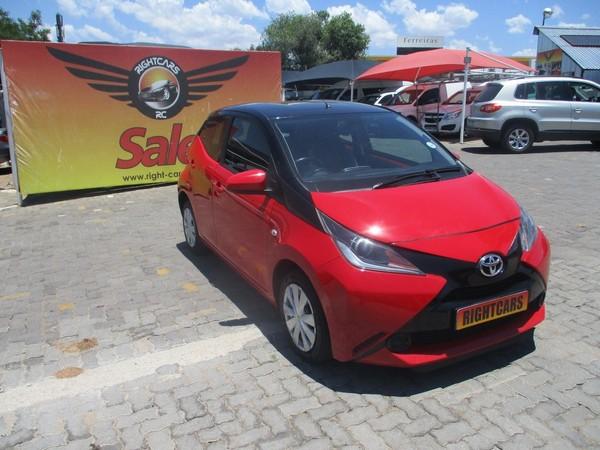 2016 Toyota Aygo 1.0 X- PLAY 5-Door Gauteng North Riding_0