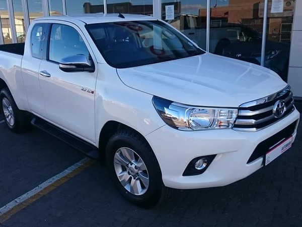 2016 Toyota Hilux 2.8 GD-6 Raider 4x4 Extended Cab Bakkie Free State Ficksburg_0
