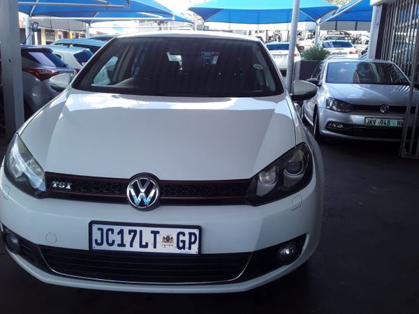 2011 Volkswagen Golf Vi 1.4 Tsi Comfortline Dsg  Gauteng Johannesburg_0