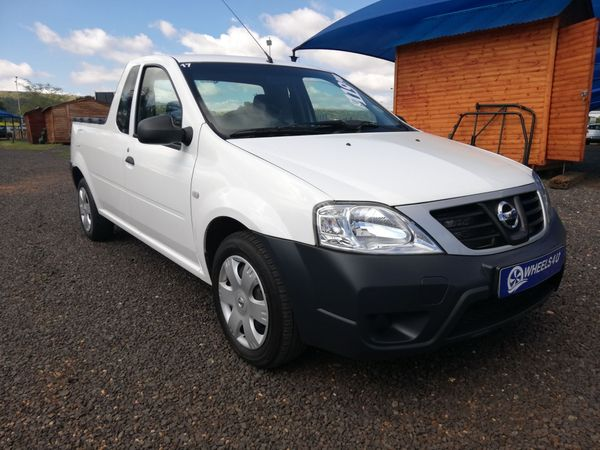 2017 Nissan NP200 1.5 Dci  Ac Safety Pack Pu Sc  Gauteng Pretoria_0