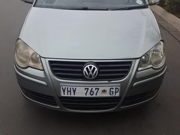 2009 Volkswagen Polo 1.6 Trendline  Gauteng Bramley_0