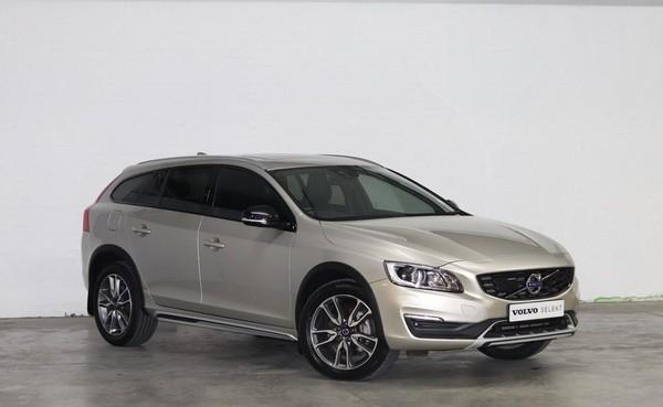 2018 Volvo V60 CC D4 Momentum Geartronic AWD Eastern Cape Port Elizabeth_0