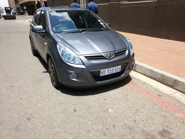2011 Hyundai i20 1.6  Gauteng Johannesburg_0