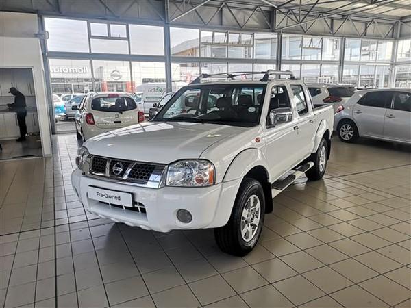 2015 Nissan NP300 Hardbody 2.5 TDi HI-RIDER Double Cab Bakkie Eastern Cape East London_0