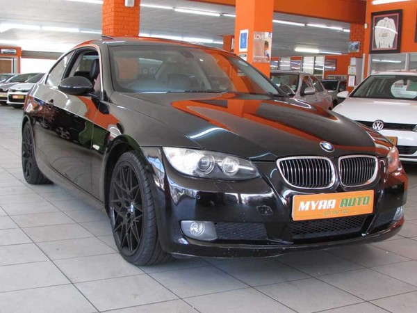 2010 BMW 3 Series 325i Coupe Sport At e92  Western Cape Cape Town_0