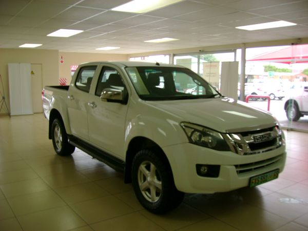 2013 Isuzu KB Series 300 D-TEQ LX Double cab Bakkie Northern Cape Kimberley_0