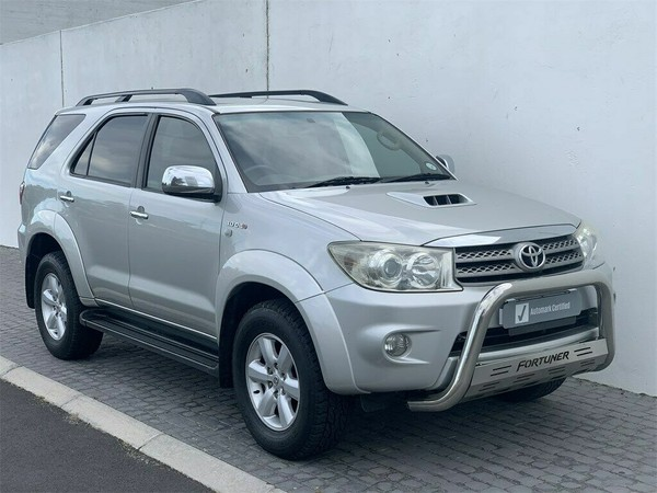 2009 Toyota Fortuner 3.0d-4d Rb  Western Cape Table View_0