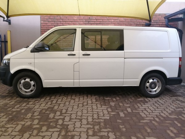2010 Volkswagen Transporter T5 Cbus 2.0 Bitdi Lwb 132 Kw Fc Pv  Gauteng Pretoria_0