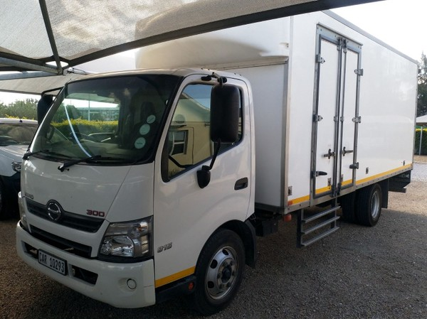 2015 Hino 300 815 Lwb bb3 At Fc Cc  Western Cape Worcester_0