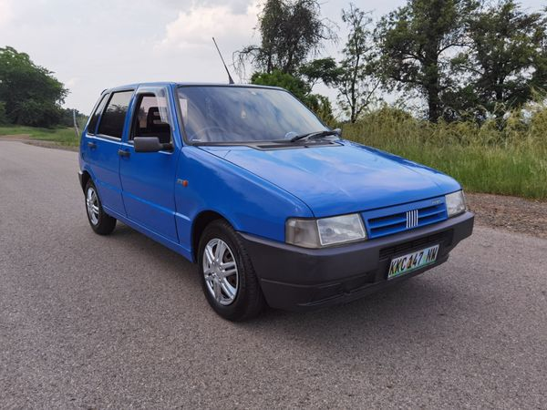 2001 Fiat Uno Mia 1100 5d  North West Province Rustenburg_0