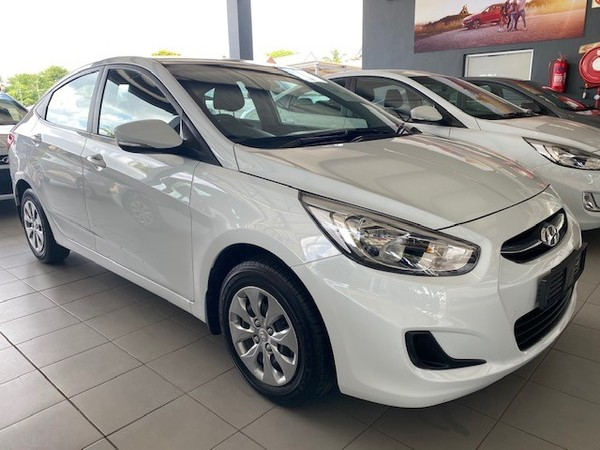 2019 Hyundai Accent 1.6 Gl  Gauteng Hatfield_0