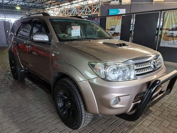 2009 Toyota Fortuner 3.0d-4d Rb At  Free State Bloemfontein_0