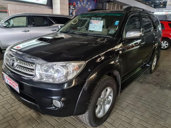 2011 Toyota Fortuner 3.0d-4d Rb At  Free State Bloemfontein_0