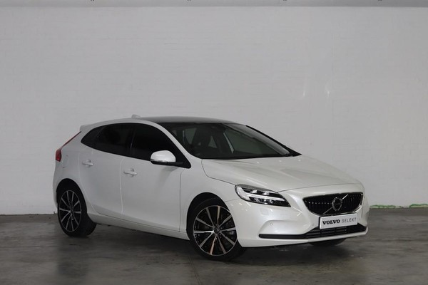 2019 Volvo V40 D3 Momentum Geartronic Eastern Cape Port Elizabeth_0