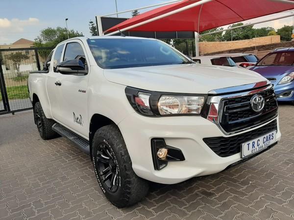 2017 Toyota Hilux 2.4 GD-6 SRX  Cab Extended bakkie Gauteng Bramley_0